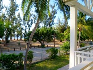 Hôtel le Récif en front de mer