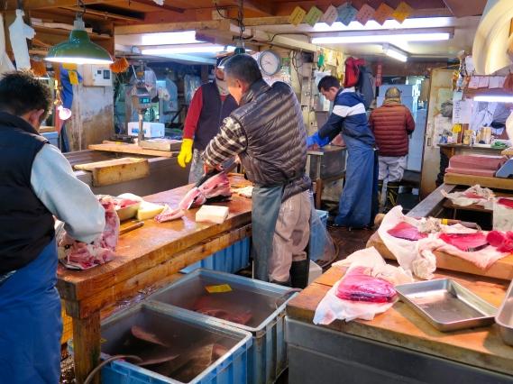 Découpe du thon rouge