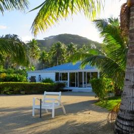 Opoa Beach Hotel
