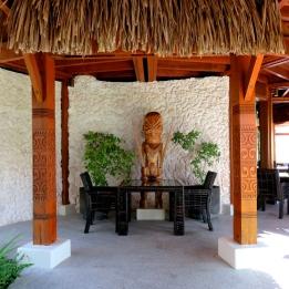 Tiki Restaurant St.Regis Bora-Bora