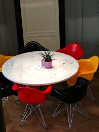 Table Vintage Hotel