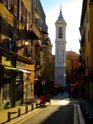 Coucher de soleil dans les rues de Nice