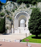 Monument aux morts Art Deco