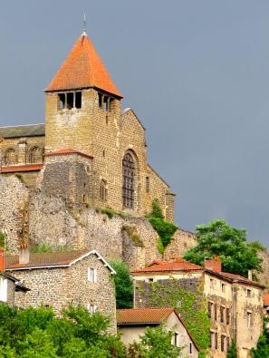 abbaye-de-chanteuges-haute-loire