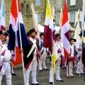 portes-drapeaux-belle-journee-langeac-2016
